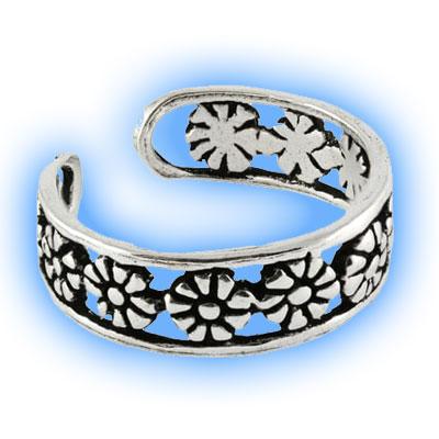 DaisyToe Ring